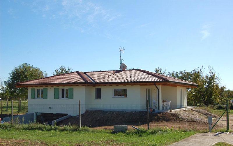Casa con seminterrato