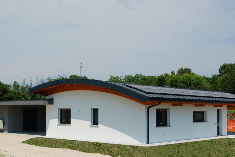 Casa in cemento armato a Majano